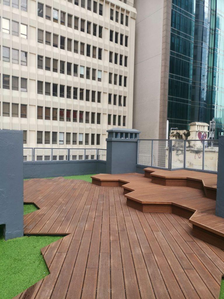 Commercial Building Roof Top Garden